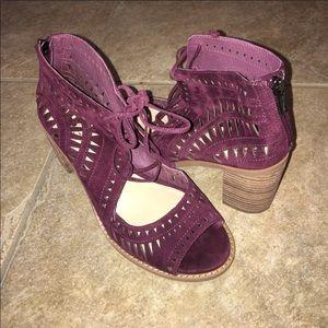 Vince Camuto Tarita cutout lace up sandals